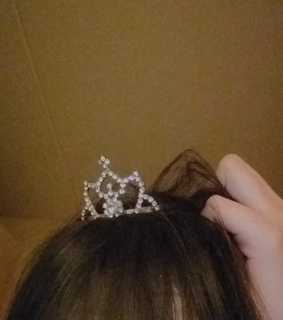 bangs, crown and aesthetic