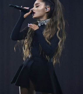 sing, dress and black