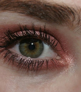 red shadow, blue eyes and green eyes