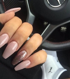 rose gold, nails and manicure