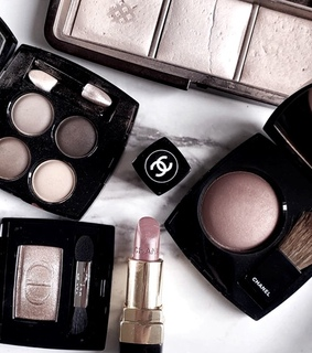 eyeshadow, makeup and palette