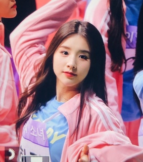 kpop icon, heejin preview and heejin lq